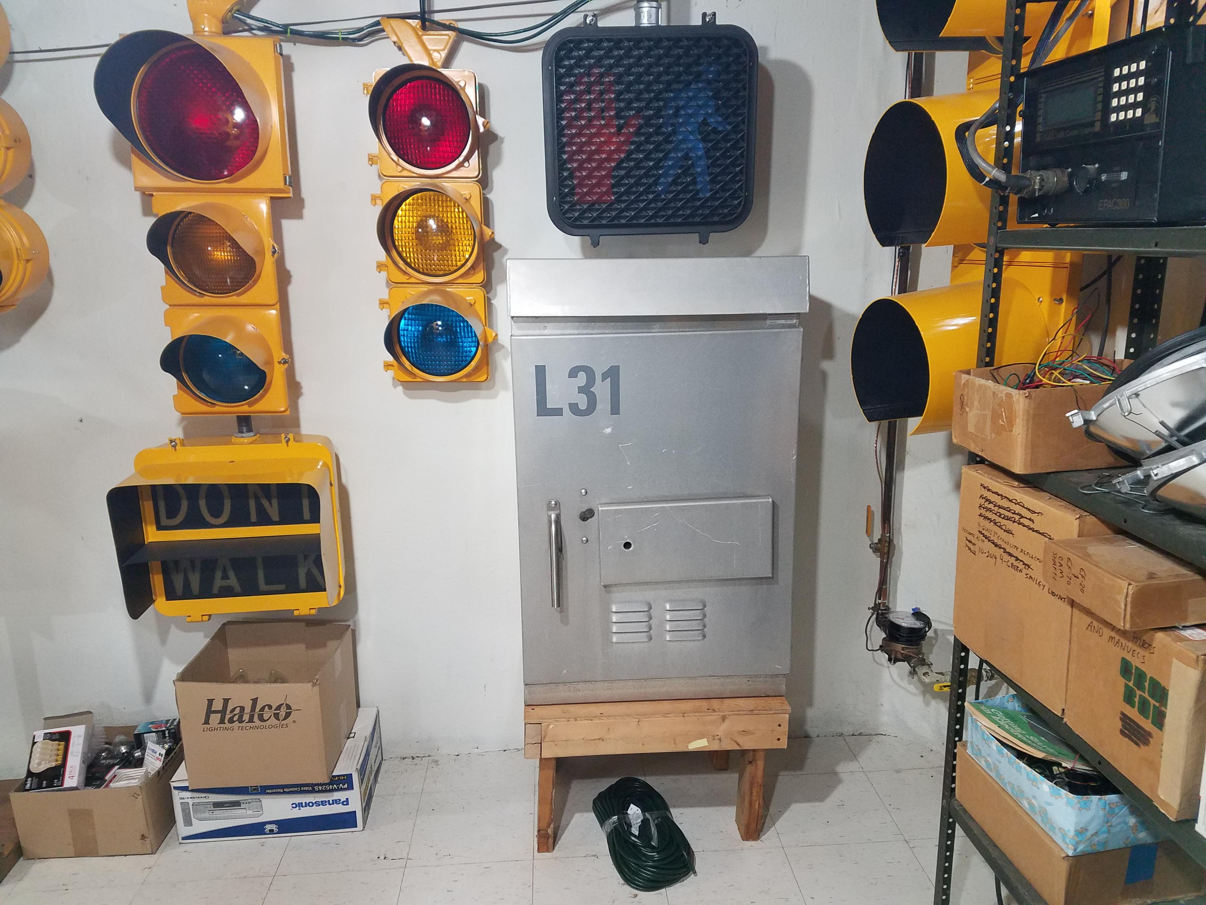 NEMA ControllerThe Traffic Signal Museum